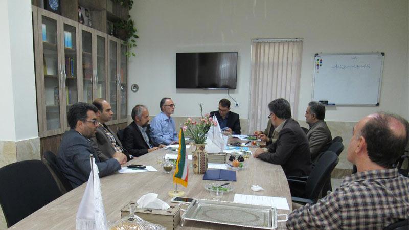 تشکیل جلسه کمیته برنامه ریزی با حضور اعضاء و اساتید و صاحب نظران مدعو