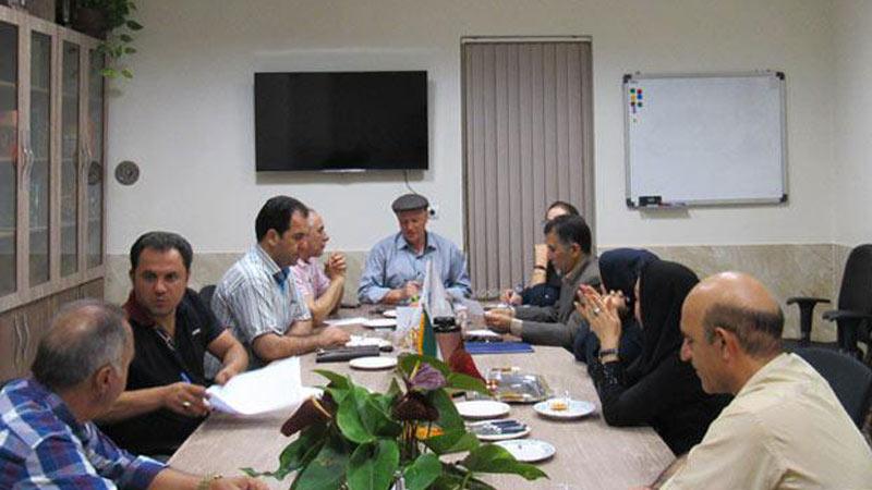 """حضور اعضای فعال کمیته جذب مشارکتها در موسسه """"راه آسمان"""""""