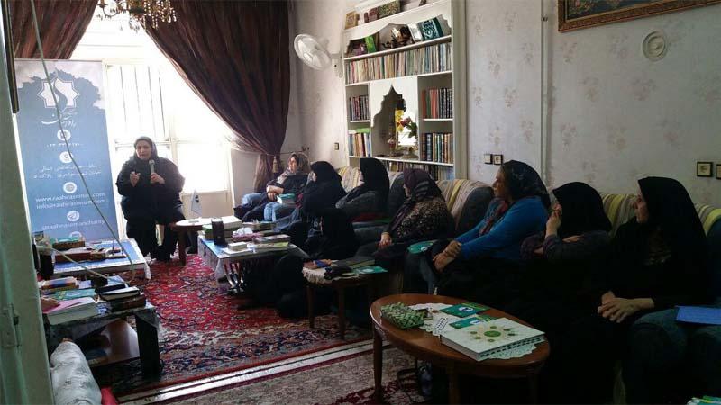 برگزاری دیگر جلسه آموزش و پیشگیری از سرطان در محفل مذهبی97/3/21
