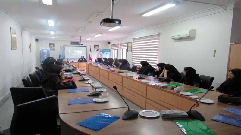برگزاری جلسه آموزش پیشگیری از سرطان در اداره فنی و حرفه ای سمنان97/2/20
