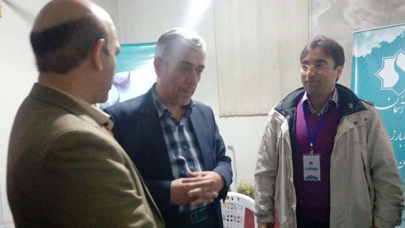 بازدید نماینده محترم شهرستان سمنان از غرفه ی موسسه راه آسمان در نمایشگاه گل و گیاه