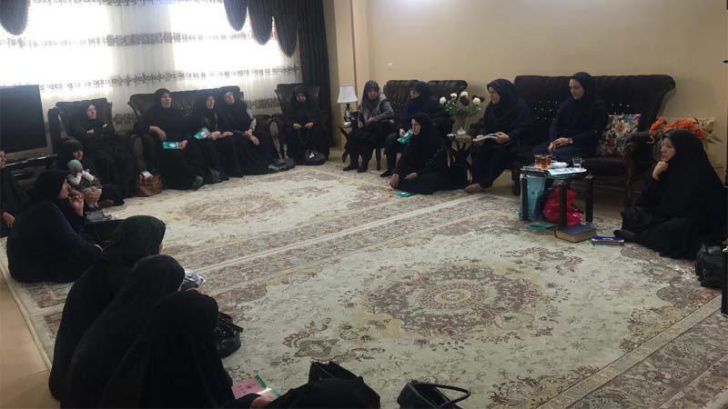 برگزاری جلسه آموزش و پیشگیری از سرطان در جلسه قرآنی ۱۳۹۷/۷/۲۱