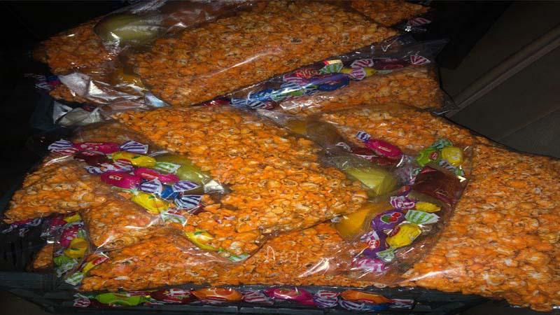 برنامه آموزش و پیشگیری و تغذیه سالم در روستای معلمان دامغان به مناسبت شب یلدا29 آذر
