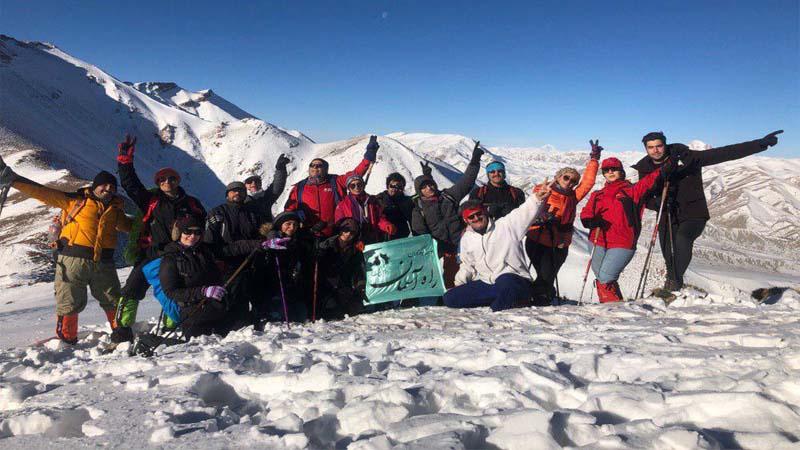 صعود همنوردان راه آسمان به قله مرغک 5 بهمن 97
