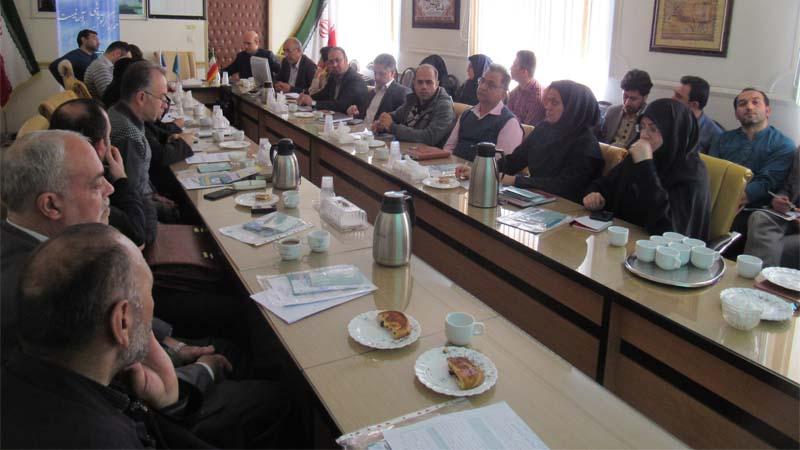 کارمندان اداره دامپزشکی استان سمنان هم در جلسه ی آموزشی موسسه ی راه آسمان شرکت کردند  1397/11/13