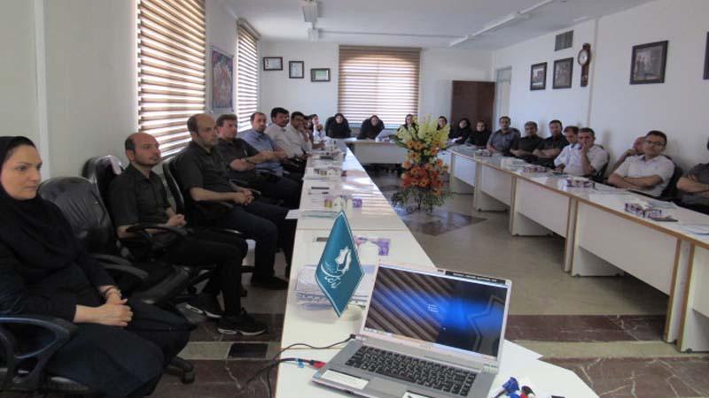 برگزاری جلسه آموزشی راه آسمان برای کارکنان شرکت کندر 1398/2/29