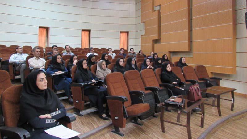 جلسه آموزشی کمیته آموزش و پیشگیری در شرکت توزیع نیروی برق استان سمنان