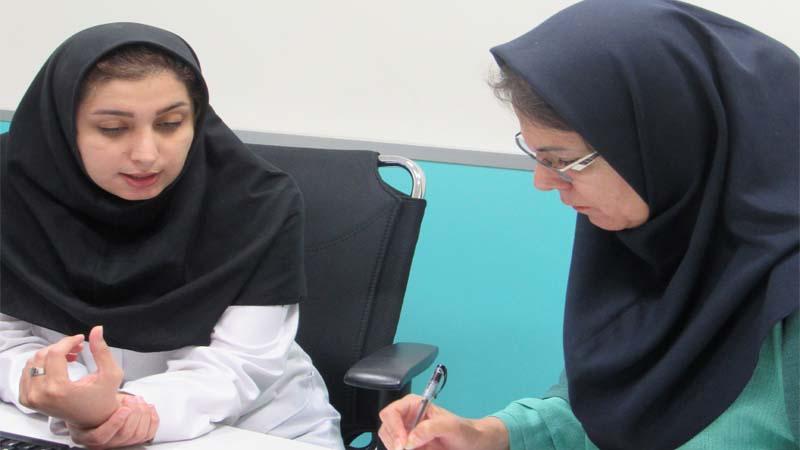 مصاحبه با خانم دکتر صبور؛ متخصص مرکز پزشکی هسته ای راه آسمان در سالگرد افتتاح این مرکز در سمنان