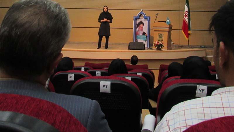 آموزش پیشگیری از سرطان در کتابخانه ی مرکزی سمنان