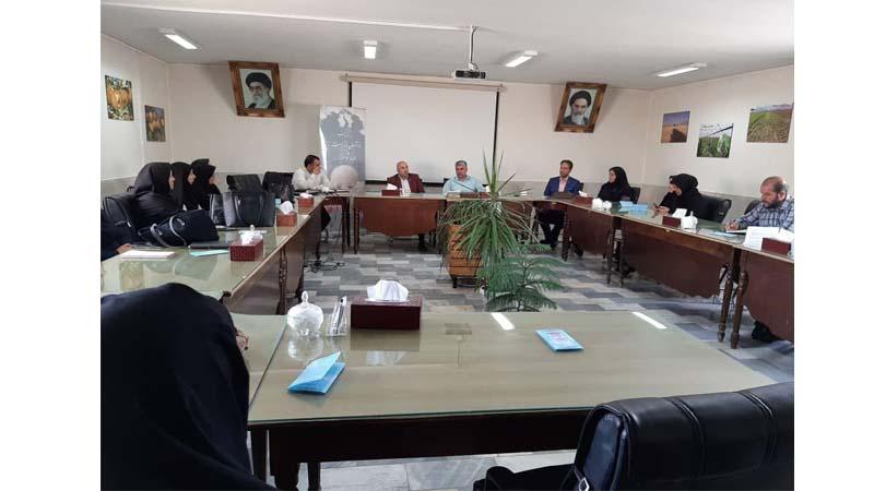 کارگاه آموزشی پیشگیری از سرطان در اداره ی جهاد کشاورزی شاهرود