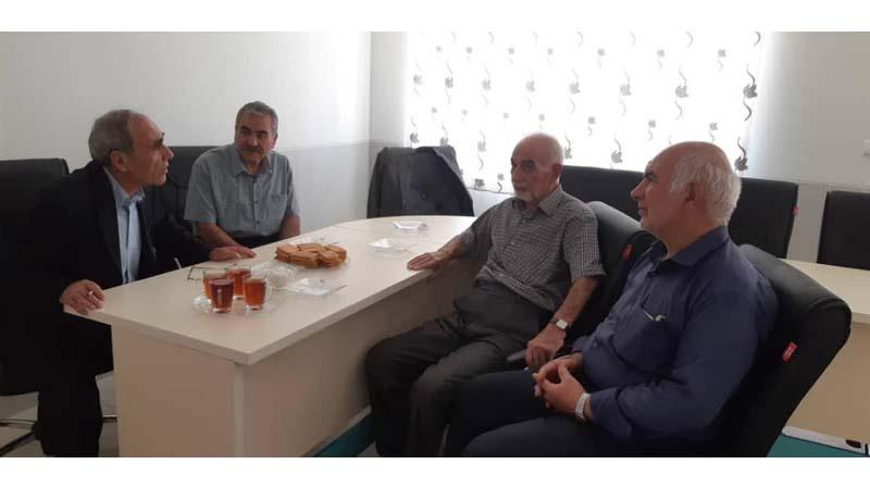 حضور دکتر علی اصغر یار محمدی در دفتر بنیاد راه آسمان شاهرود.