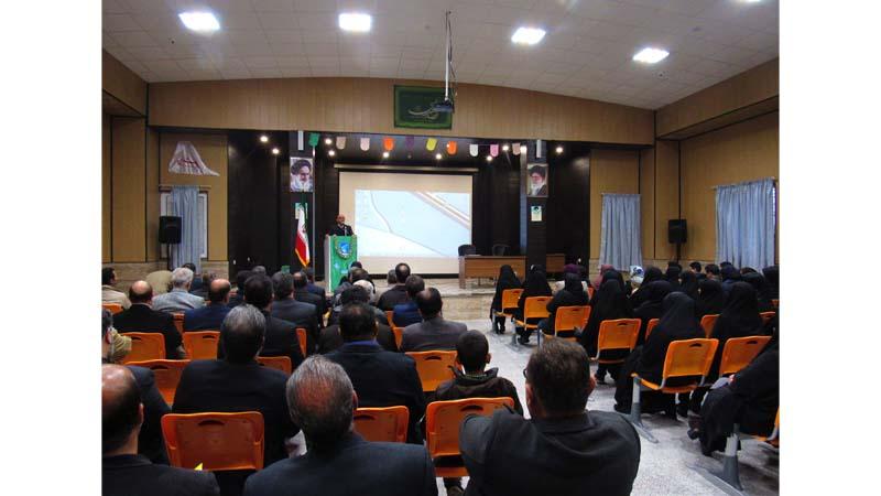 برگزاری کارگاه آموزشی راه آسمان برای اولیاء دانش آموزان مدرسه محمد رسول الله