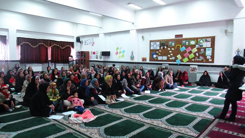 جلسه آموزشی کنترل خشم و تربیت اجتماعی کودکان برای اولیاء دانش آموزان دبستان محراب