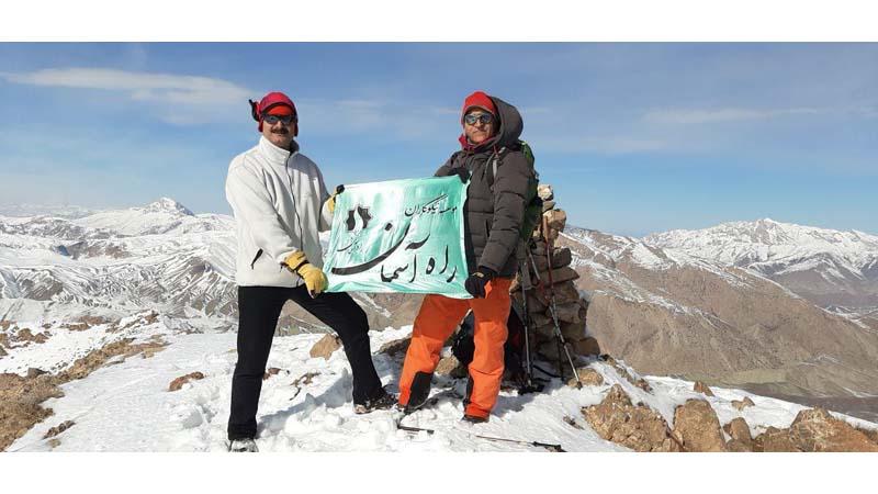 برف پیمایی و صعود به قله مرغک در دومین جمعه آذر ماه 1398