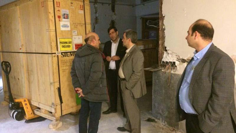 بازدید دکتر شادنوش و آقای صدیقی از مرکز پزشکی هسته ای راه آسمان