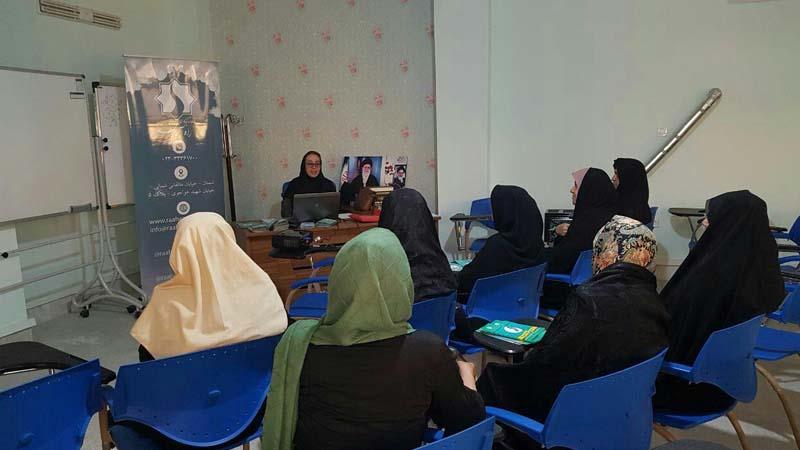 برگزاری اولین جلسه آموزشی ترویج سبک زندگی سالم ویژه بانوان در فرهنگسرای امید خانواده
