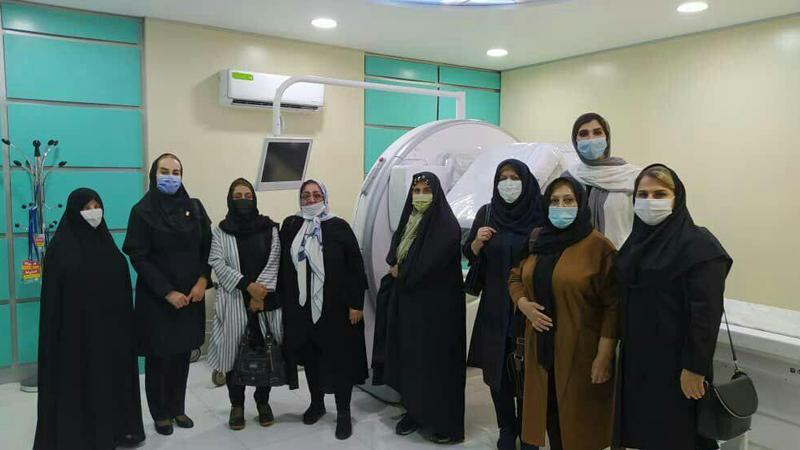 بازدید مهربانو های خیر تهران و بانوان عزیز بسکتبال کشور از مرکز پزشکی هسته ای راه آسمان