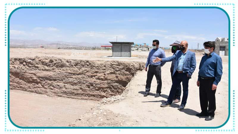 بازدید مسئولین اداره صدور پروانه ها و نظارت دانشگاه علوم پزشکی سمنان از پروژه راه آسمان